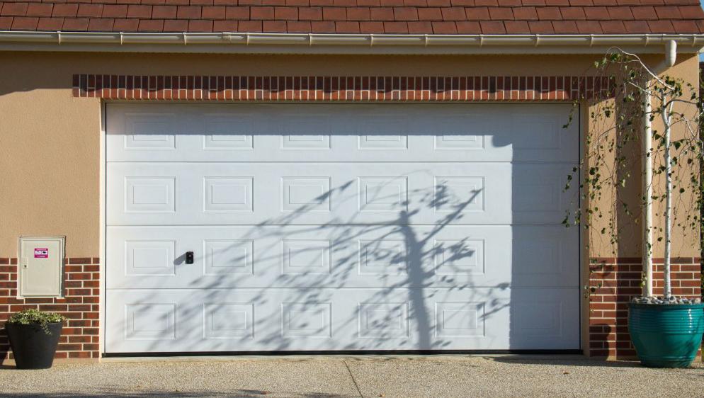 Porte de garage et rideaux m talliques nice alpes maritimes for Installation porte de garage nice